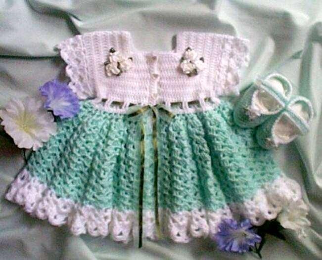 015morningglory8bf kız bebekler için örgü elbise ve patik modelleri